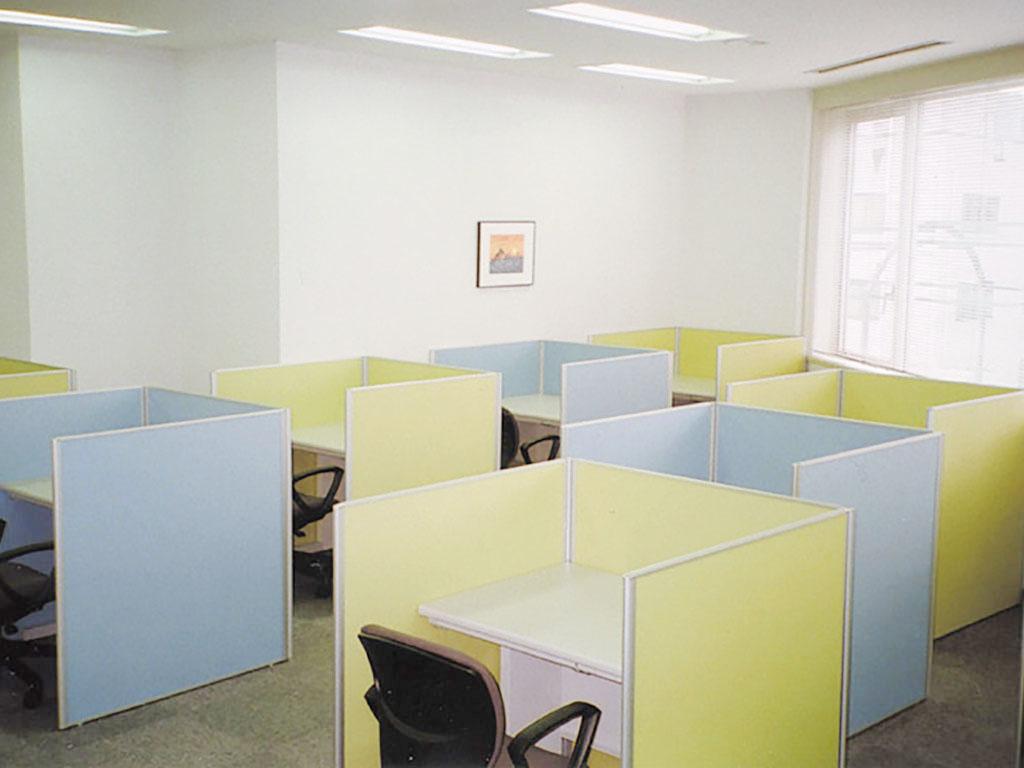 [写真]神楽坂校の自習室